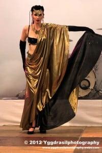 Burlesque Cerise Noire - Glamour Entertainment