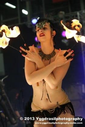 Cerise Noire - Glamour Entertainment