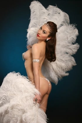 Burlesque Victoria Romanova - Glamour Entertainment