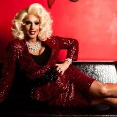 Hostess Windy Mills - Glamour Entertainment