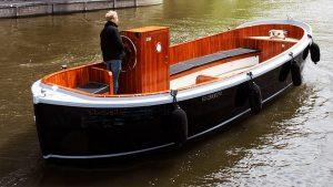amsterdam tourist exclusive boat tours